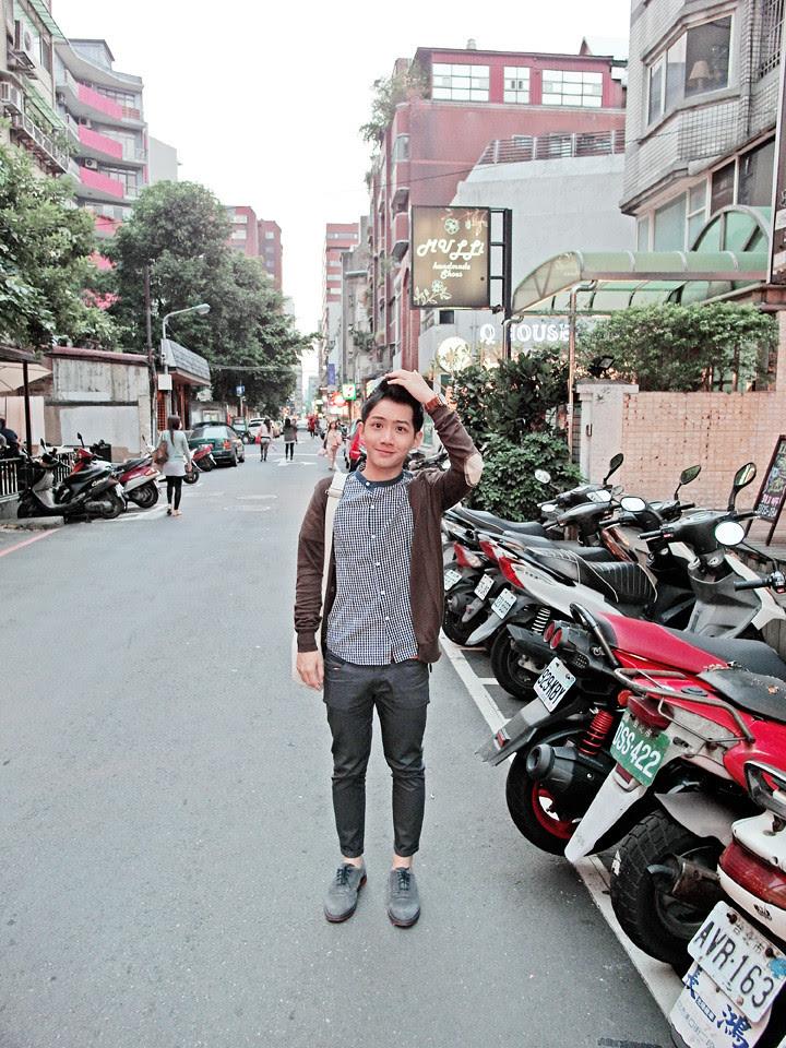 randy at Zhongxiao Dunhua (忠孝敦化)