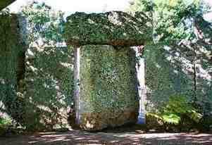 Η περίφημη πύλη στο Κοραλλένιο Κάστρο