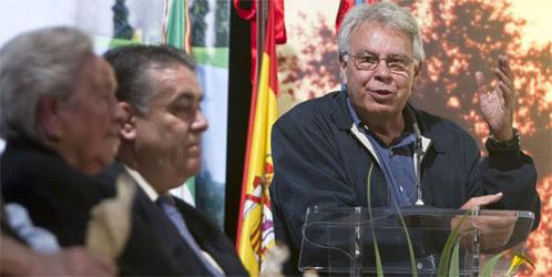 Los ecologistas, contra Felipe González: 'pasa' de presidir Doñana y no va a los consejos