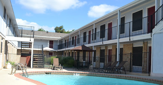 Le Med Apartment Homes - Apartments in Austin, Texas