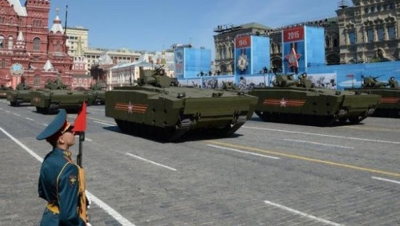 Desfile en la Plaza Roja. Foto: Telesur.