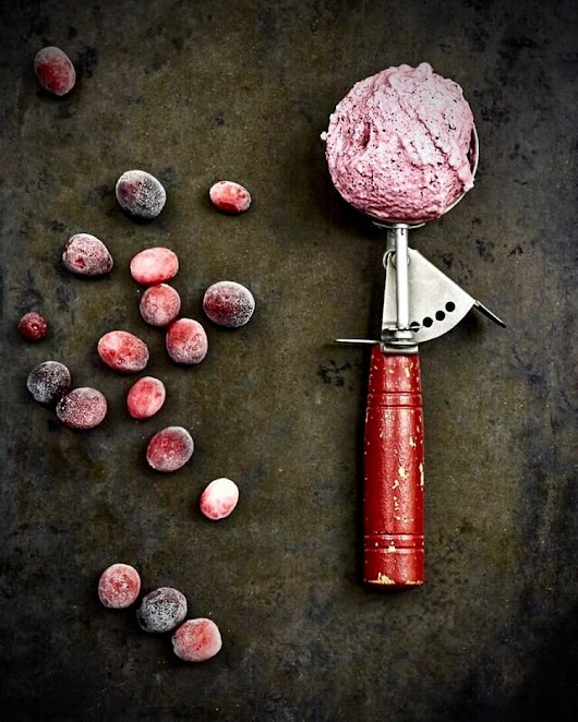 No-Churn Cranberry Ice Cream + Vitamix Giveaway | The Messy Baker