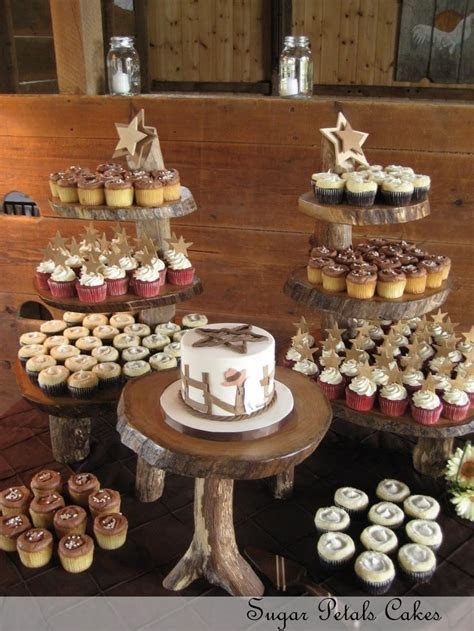 25  best ideas about Country wedding cupcakes on Pinterest