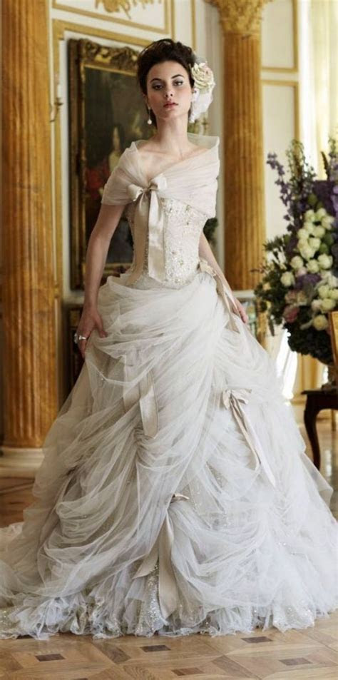 25  best ideas about Steampunk Wedding Dress on Pinterest