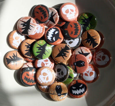 Halloween buttons! (Boo-tons?)