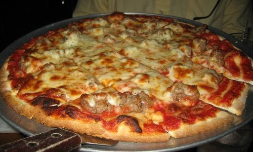 Reheat Pizza: Top 5 Ways To Maintain Taste and Flavor - Guy Counseling