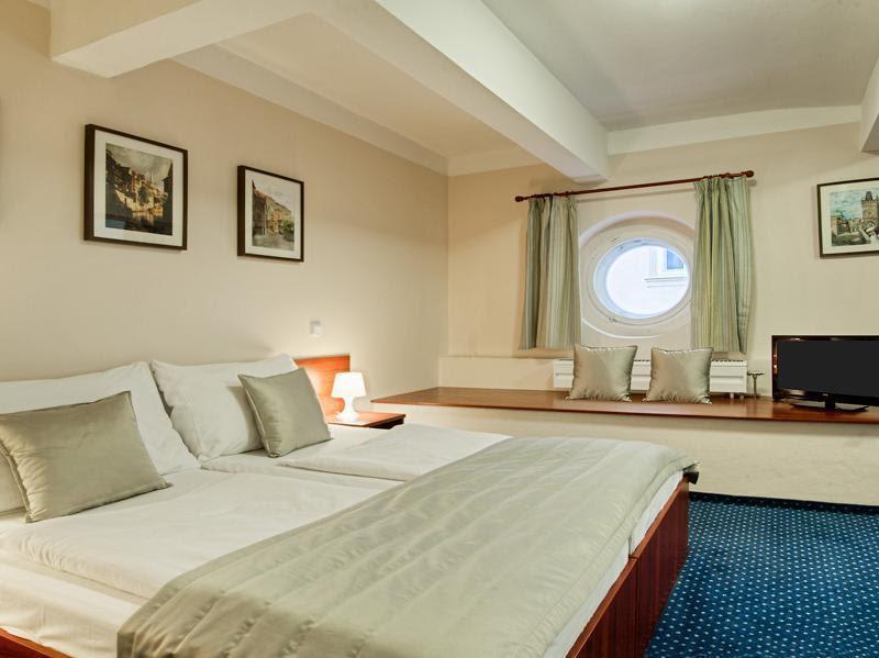 Hotel Kampa Garden  Reviews