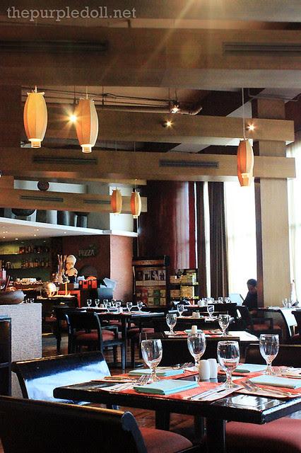 7 Corners Dining Area