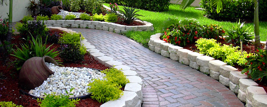 Imagen: Amazing Landscaping Ideas to improve & maintain your yard