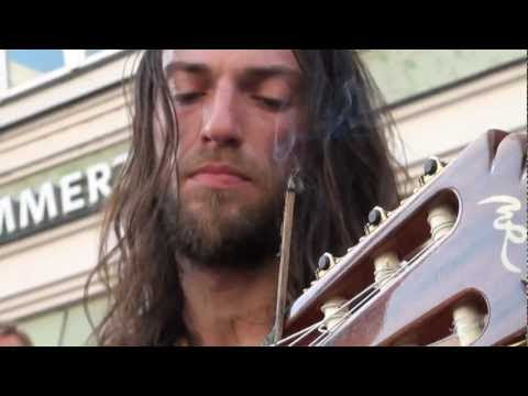 Estas Tonne - The Song of the Golden Dragon
