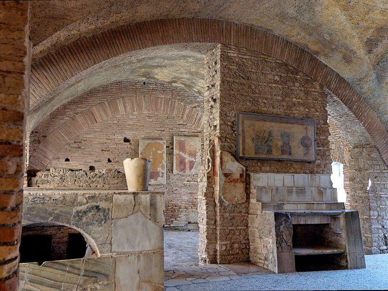 File:Caseggiato del Termopolio Ostia Antica 2006-09-08 n1.jpg