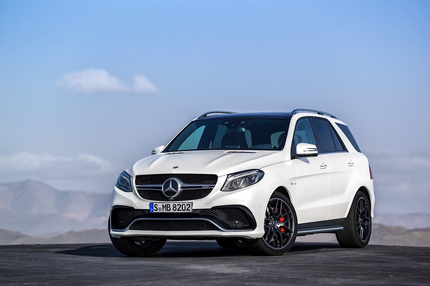 Hello 2016 Mercedes-Benz GLE-Class, Goodbye Mercedes ML ...