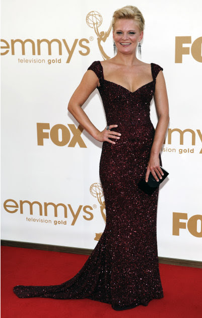 Martha Plimpton arrives at the 63rd Primetime Emmy Awards on Sunday, Sept. 18, 2011 in Los Angeles. (AP Photo/Chris Pizzello)