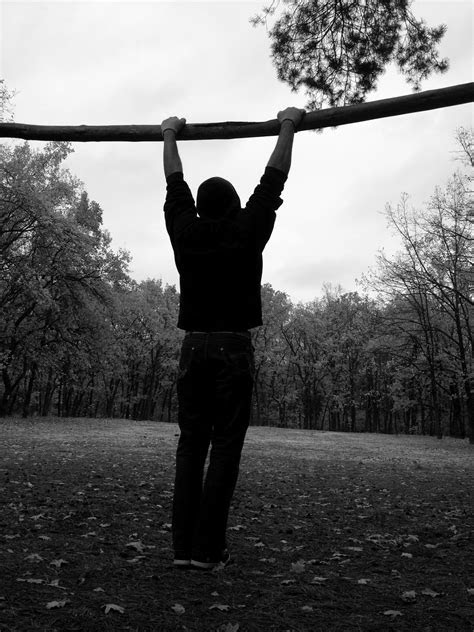 Practical Tips to Improve Your Pull-Up Performance