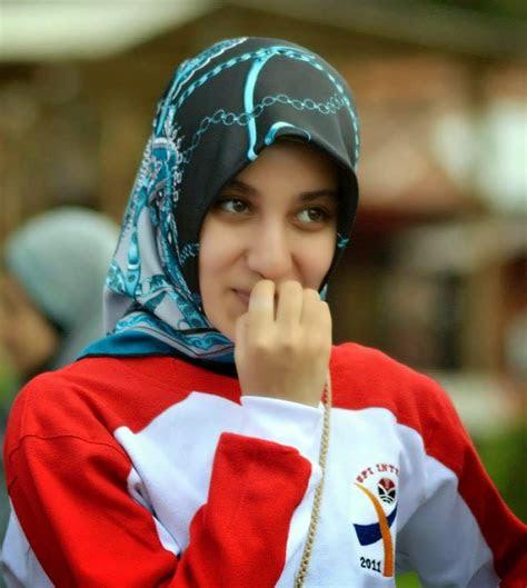 koleksi foto cewek hijabers  anggun  mempesona
