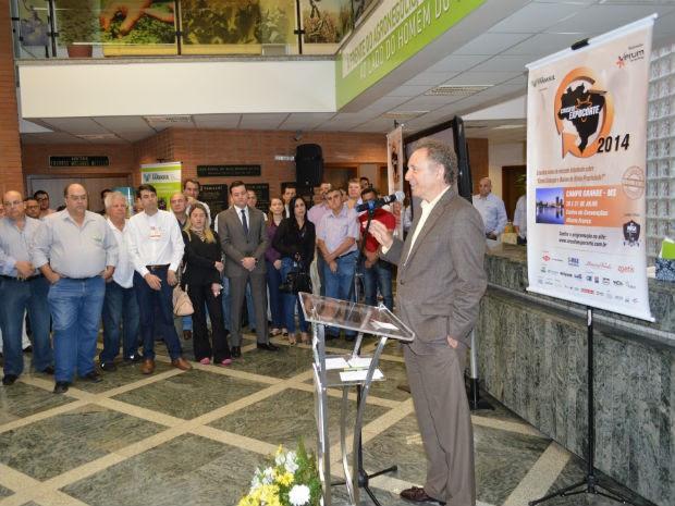 Consultor em gestão de projetos para a pecuária de corte da SRB, Francisco Custodio Vila (Foto: Anderson Viegas/Do Agrodebate)