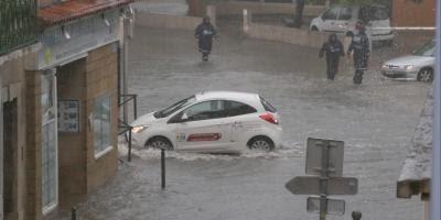 Vigilance orange aux orages et risques d'inondation: ce qu'il faut faire (et ce qu'il faut éviter)