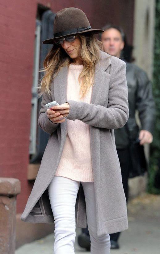 Grey coat // White jeans