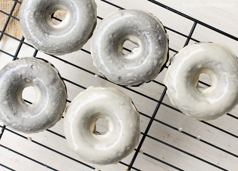 Baked Chocolate Stout Donuts with Irish Cream Glaze // Loves Food, Loves to Eat