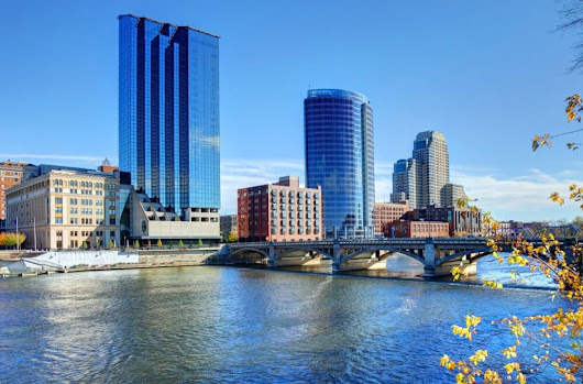 How To Meet People in Grand Rapids, Michigan - Get The Friends You Want