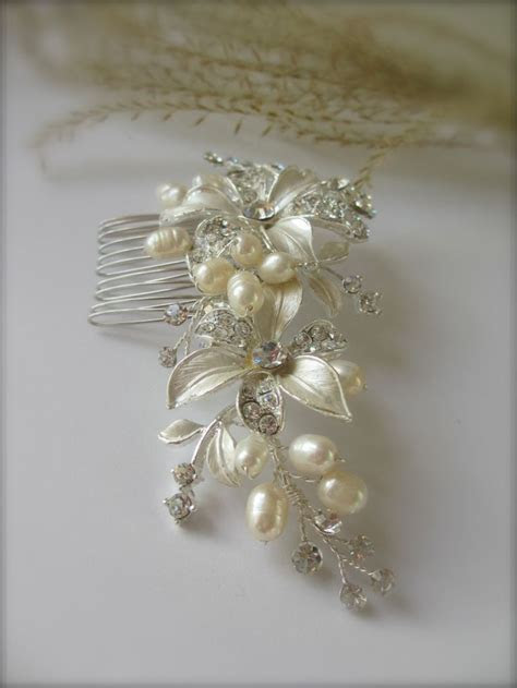 Floral Bridal Hair Comb ~ IVORY, Freshwater Pearl