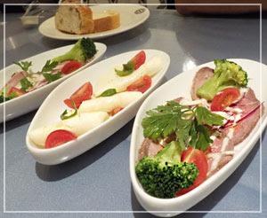 「神戸屋レストラン」にて、バースデー特典セットの前菜~。