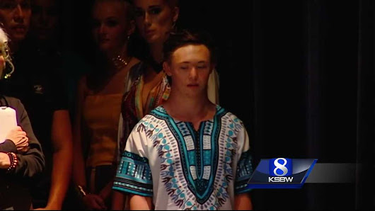 Model with down syndrome walks in FashionArt Santa Cruz