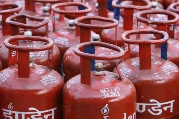 LPG cylinders have become cheaper, you can know its price from here