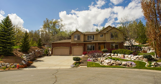 A little piece of Paradice - 1711 N 2625 E, Layton, UT 84040