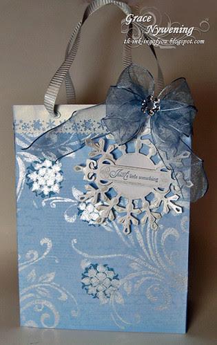 Shimmery-Christmas-Bag