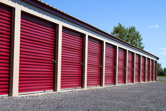 Storage Wars - Laws Governing Self-Storage Facilities - Ask the Legal Professional, Blog | High Swartz LLP