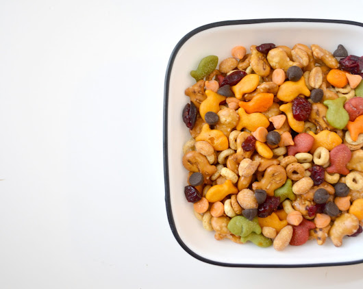 Tasty Trail Mix with Goldfish Crackers - One Artsy Mama