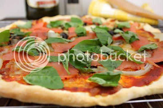 Salmon pizza 2