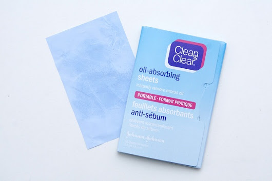 Top 10 Best Oil Control Blotting Sheets In India - World Blaze