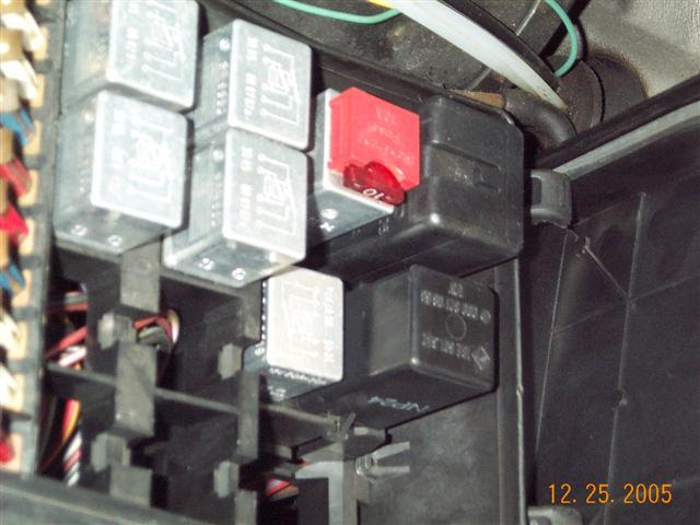 Overload relay location???? 83 300sd - PeachParts Mercedes ...