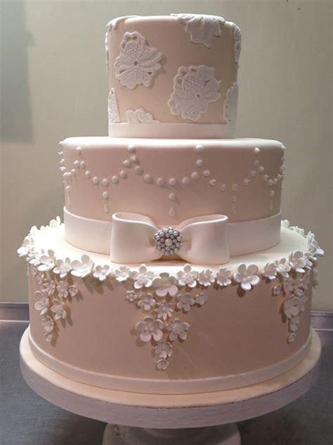Fondant Wedding Cakes   Wonderful Wedding Cakes   Long