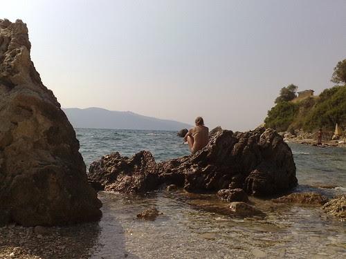Sugli scogli di Valona by durishti