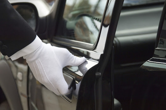 Benefits of Hiring Limo Service for Your Next Event | LinkedIn