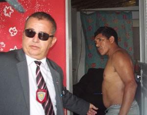 Delegado Normando Feitosa comandou prisão do suspeito (Foto: Rafael Barbosa/G1)