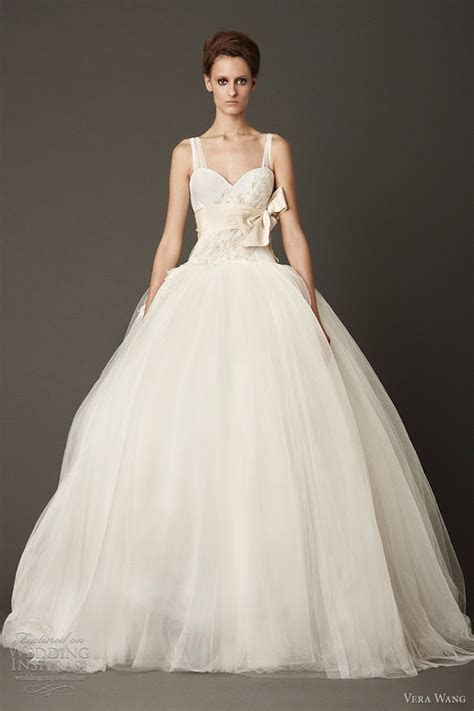 Honey Buy: Vera Wang Fall 2013 wedding dresses