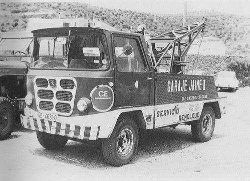 Camió Nazar model B grua de Figueres (Alt Empordà)