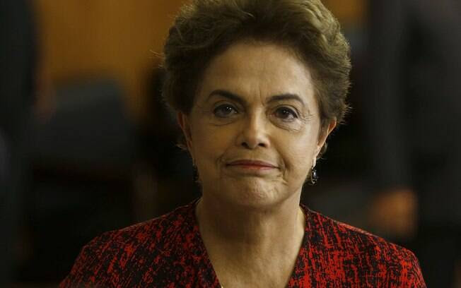 Presidente afastada, Dilma Rousseff fará sua defesa pessoalmente no Senado na próxima segunda-feira (29)