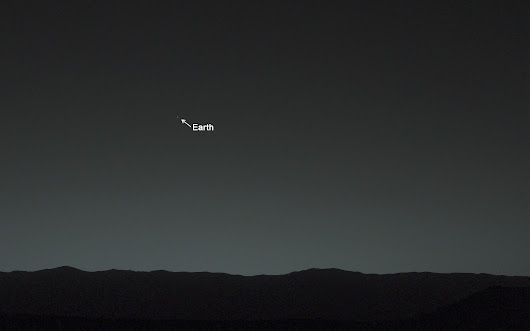 Stunning photo: Earth, as seen from Mars
