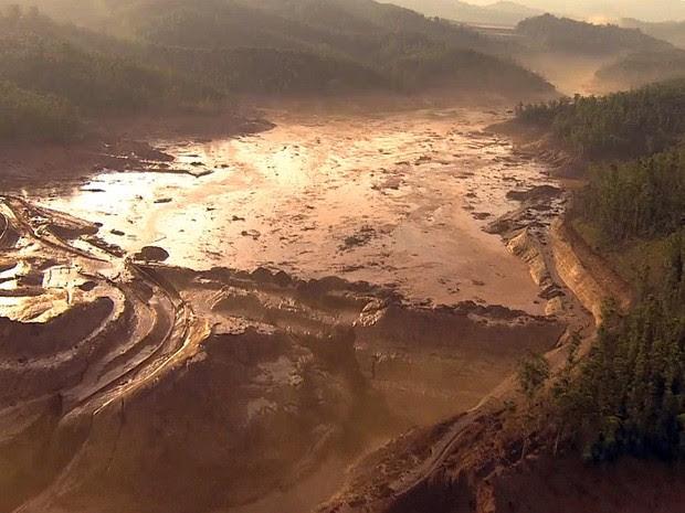 GNews - MP de Minas Gerais investiga mudanças na Barragem do Fundão que não foram autorizadas (Foto: Reprodução/GloboNews)