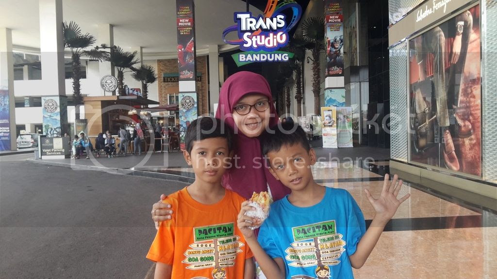 photo trans studio_zpsgxn725ij.jpg