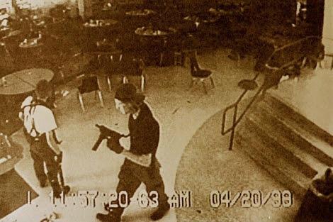 Los estudiantes autores de la matanza del Instituto Columbine, Colorado.