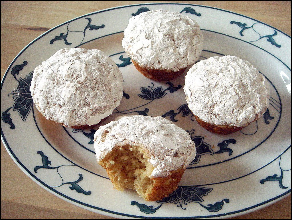 Apple Doughnut Muffins