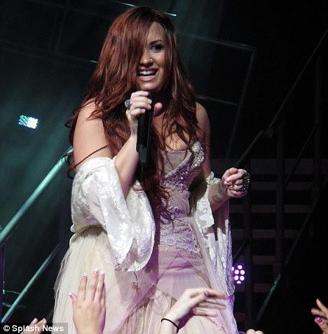Fãs: Demi foi hellbent em não deixar seus fãs para baixo