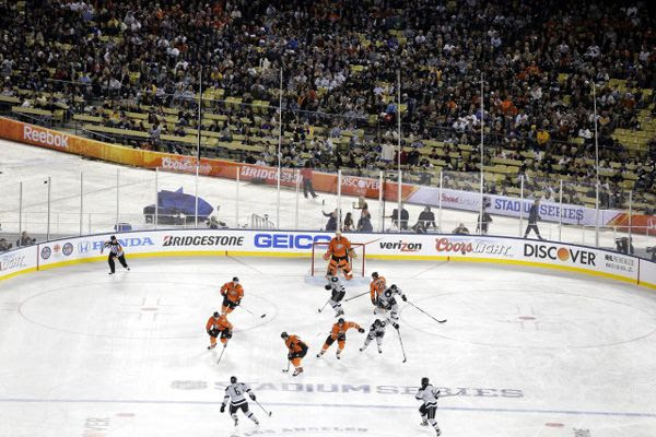 The Anaheim Ducks defeated the Los Angeles Kings, 3-0, at an outdoor hockey rink inside of Dodger Stadium, on January 25, 2014.