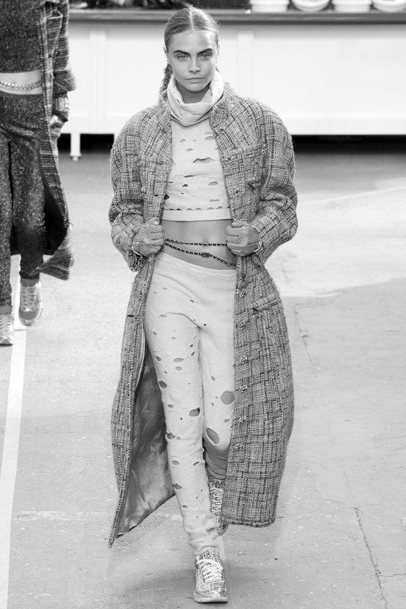photo la-modella-mafia-Chanel-Fall-2014-runway-2_zps32611fbd.jpg